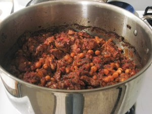 Dutch oven with lamb and garbanzos