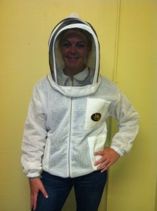 C:UsersBailey Bee SupplyPicturesVent Jacket w Hood Veil 3.JPG