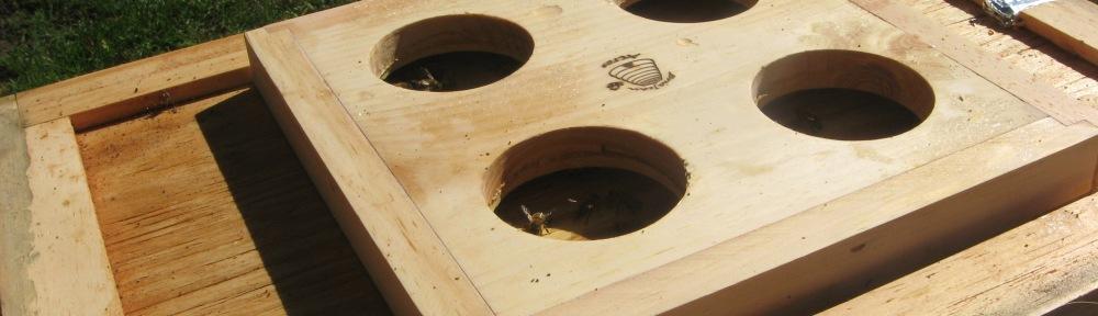 quad feeder base on inner cover